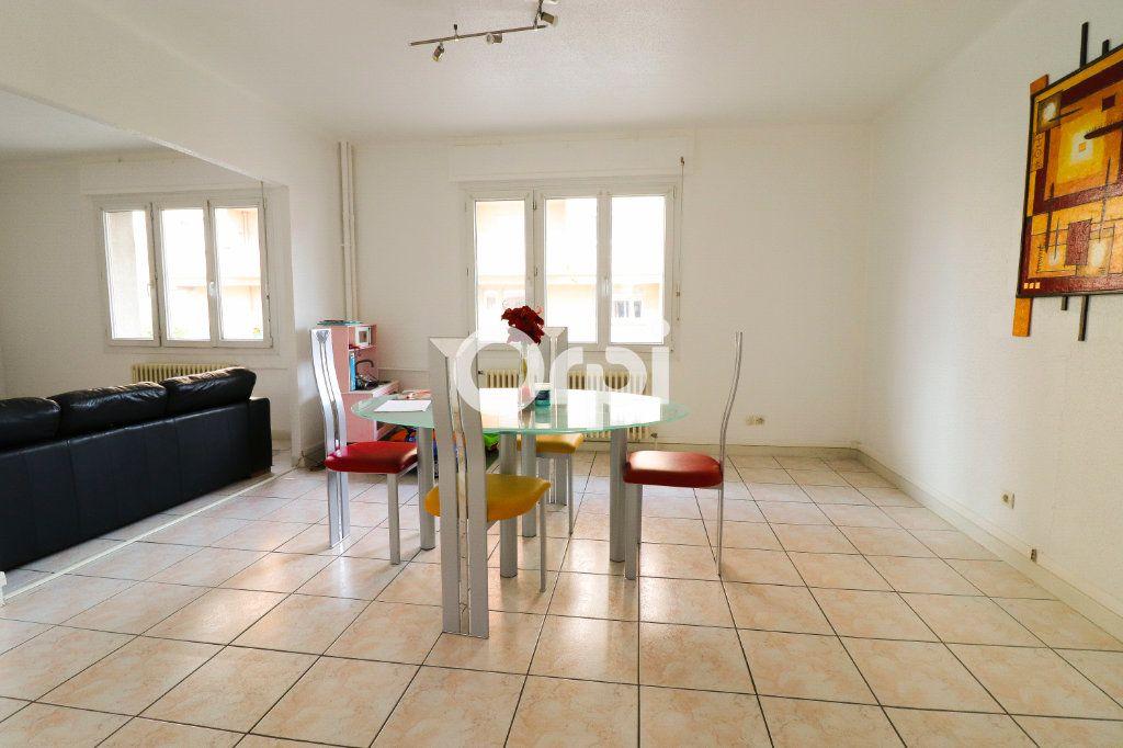 Appartement à vendre 3 70m2 à Wintzenheim vignette-2