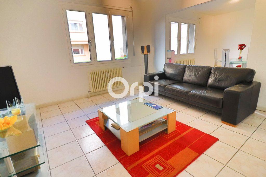 Appartement à vendre 3 70m2 à Wintzenheim vignette-3