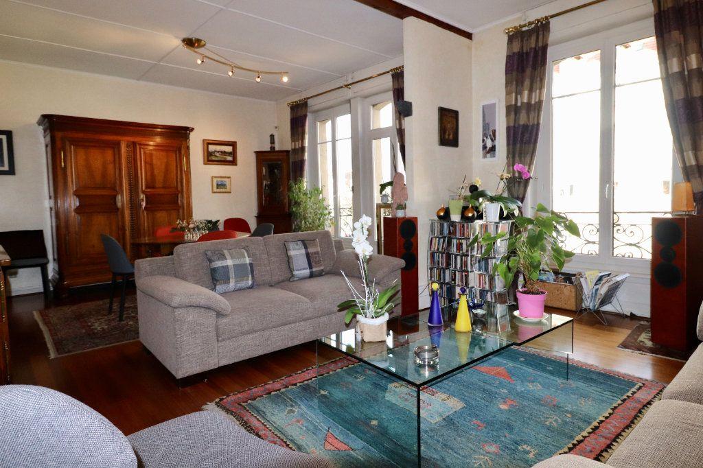 Appartement à vendre 4 94.96m2 à Strasbourg vignette-2