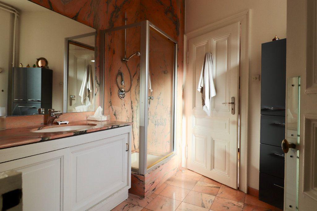 Appartement à vendre 4 94.96m2 à Strasbourg vignette-6
