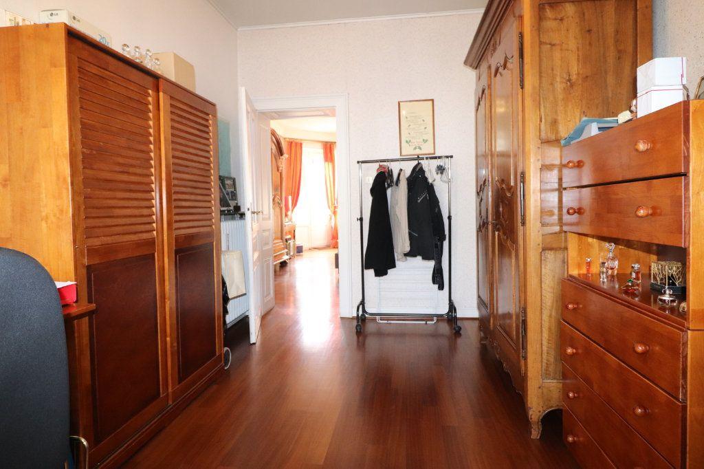 Appartement à vendre 4 94.96m2 à Strasbourg vignette-7