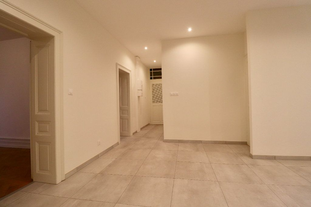 Appartement à vendre 3 85m2 à Strasbourg vignette-6