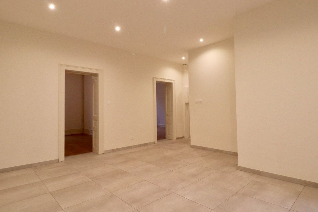 Appartement à vendre 3 85m2 à Strasbourg vignette-8
