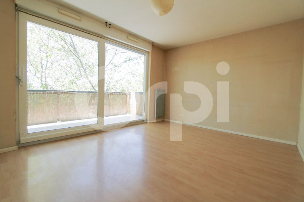 Appartement à louer 2 42.58m2 à Mulhouse vignette-2