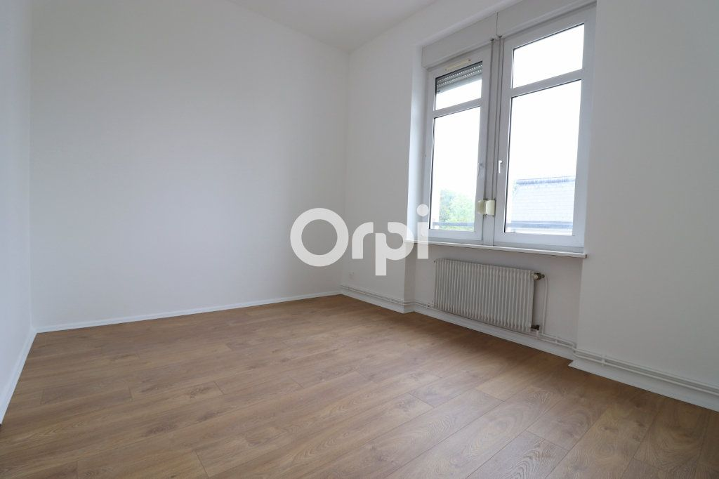 Appartement à louer 4 109m2 à Colmar vignette-6
