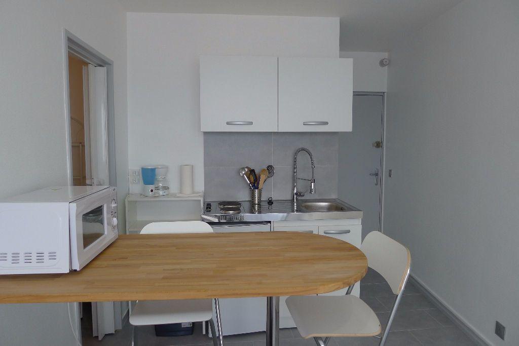 Appartement à louer 1 15.14m2 à Mulhouse vignette-6