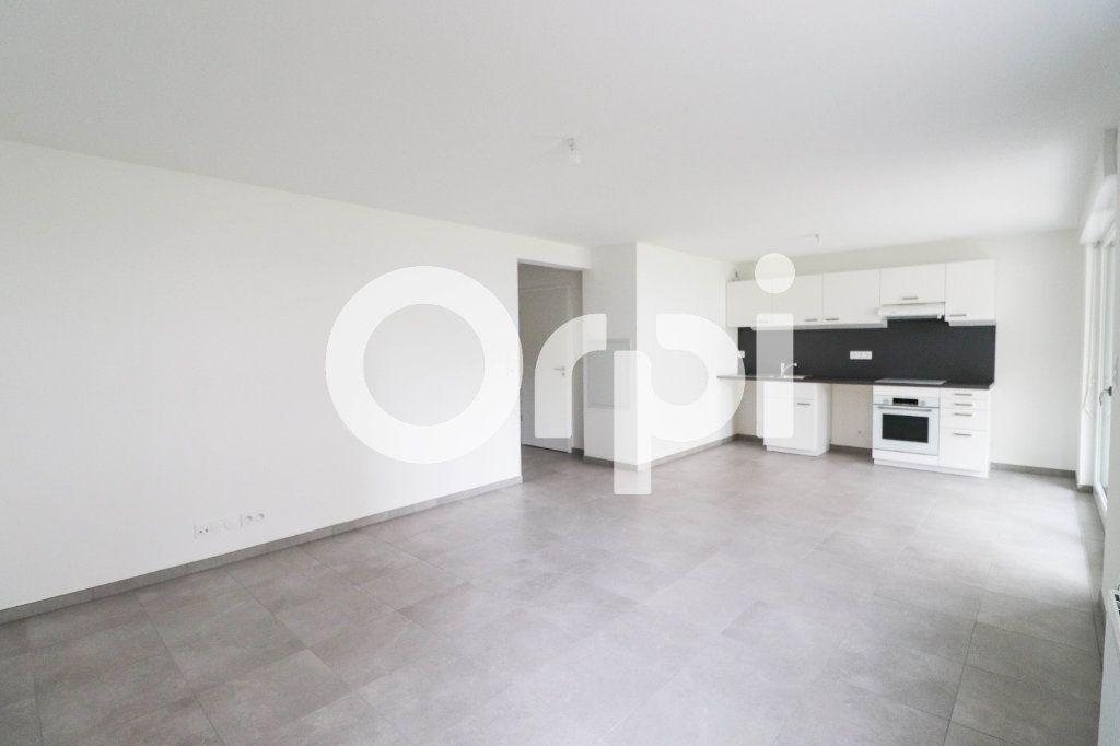 Appartement à louer 2 47.9m2 à Saint-Louis vignette-2