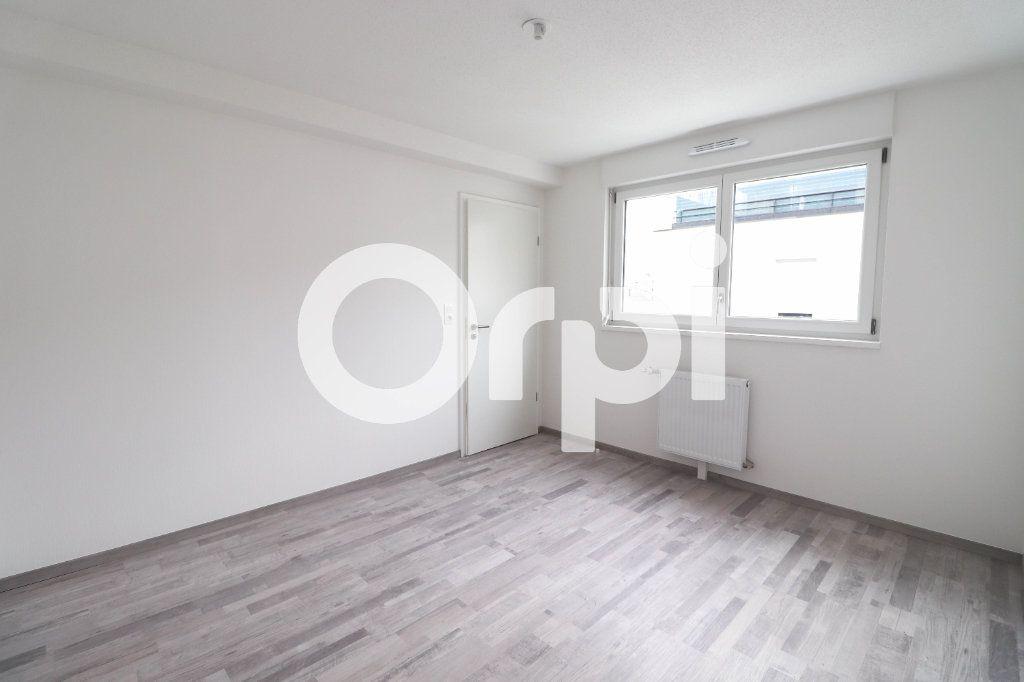 Appartement à louer 2 0m2 à Saint-Louis vignette-2