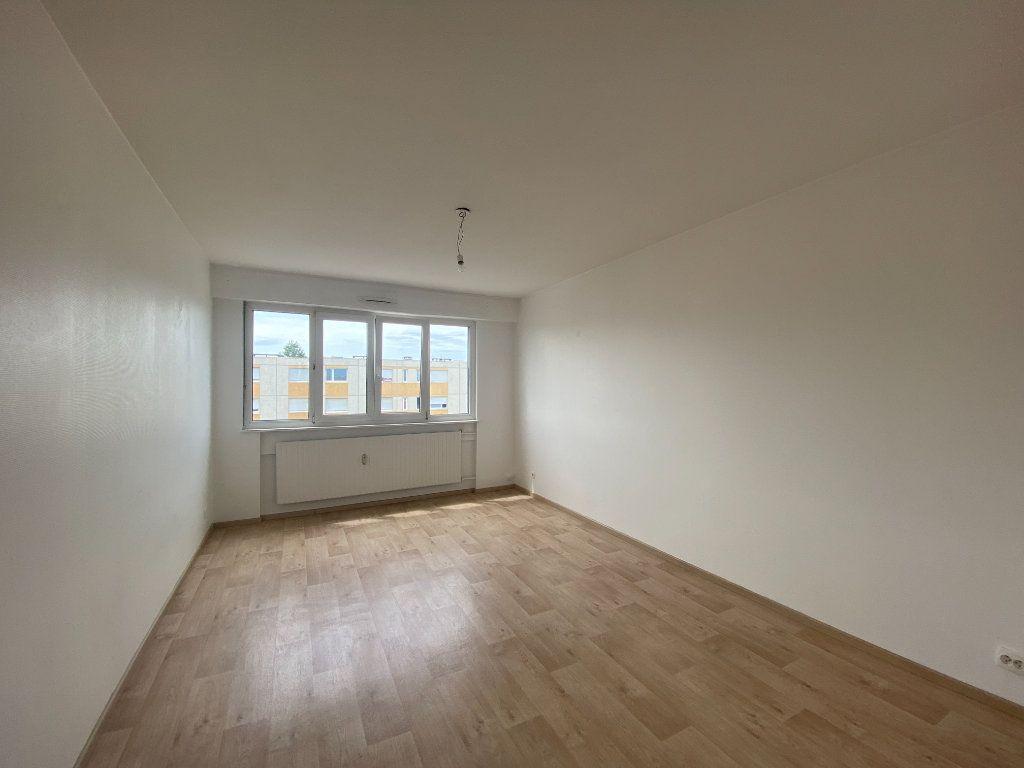 Appartement à louer 3 65m2 à Mulhouse vignette-2