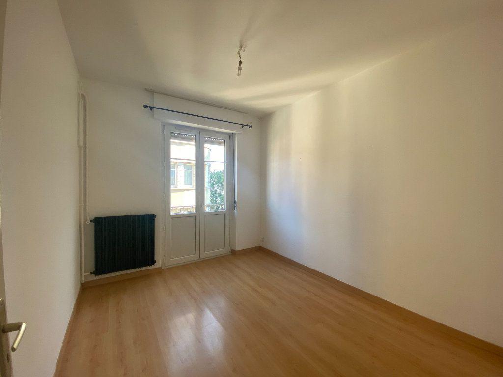 Appartement à louer 3 87.88m2 à Mulhouse vignette-4