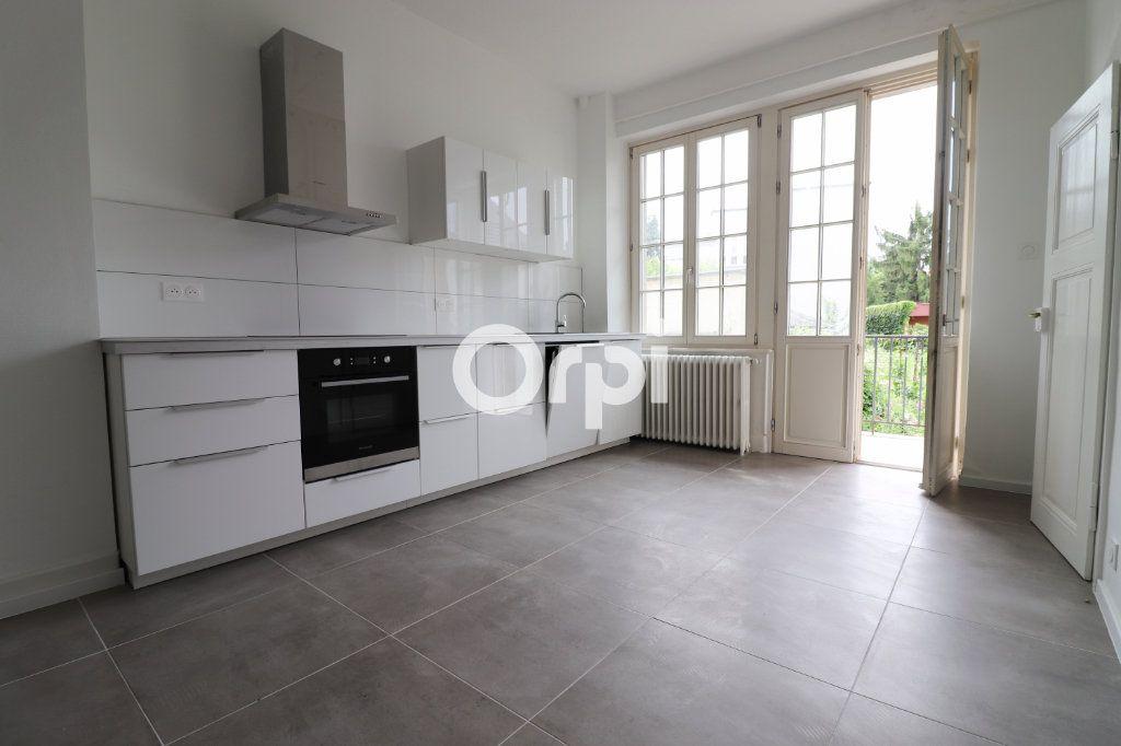 Appartement à louer 4 113.2m2 à Colmar vignette-3