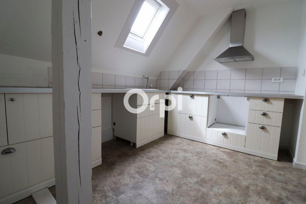 Appartement à louer 4 112.56m2 à Colmar vignette-3