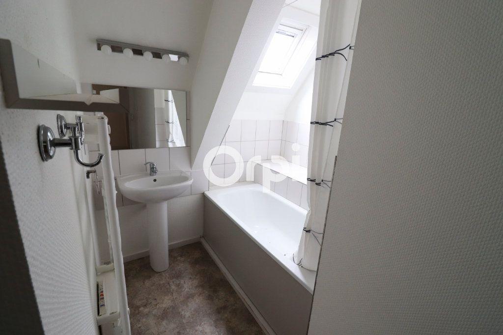 Appartement à louer 4 112.56m2 à Colmar vignette-5