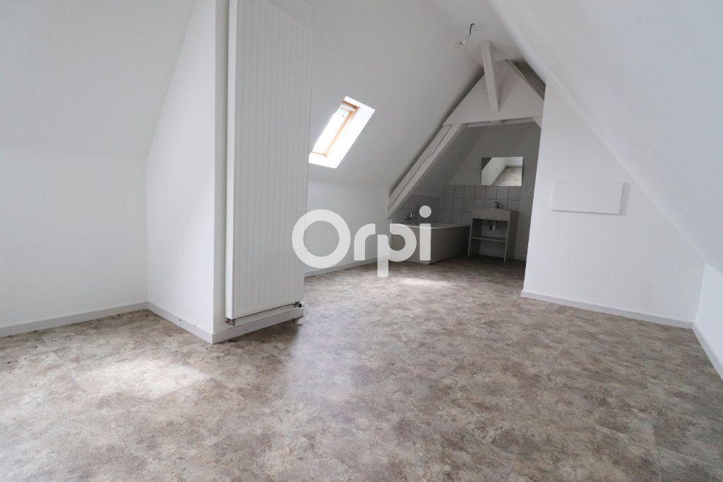 Appartement à louer 4 112.56m2 à Colmar vignette-6