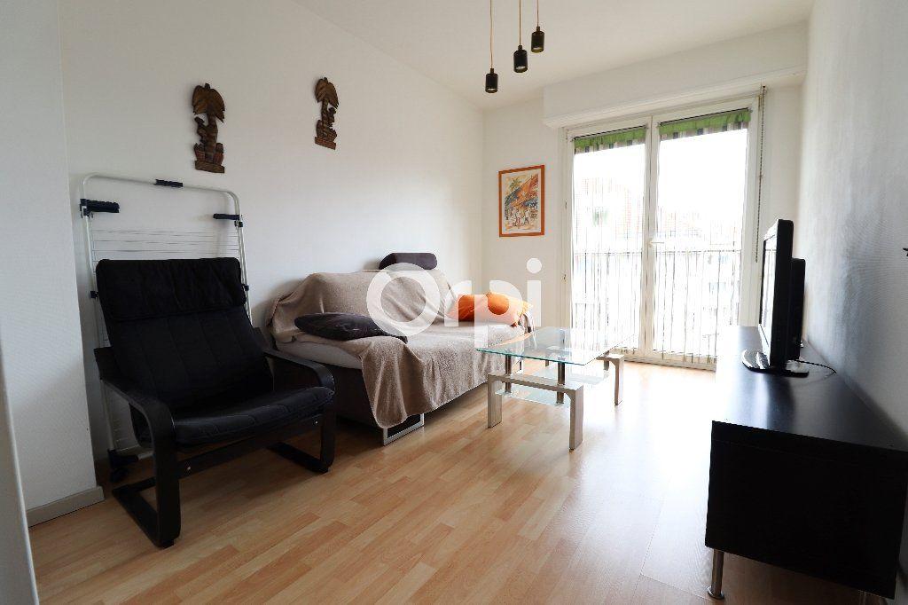 Appartement à louer 2 38.97m2 à Colmar vignette-1