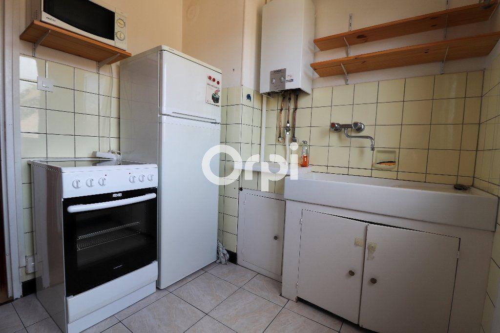 Appartement à louer 2 38.97m2 à Colmar vignette-3