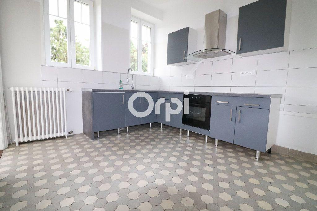 Appartement à louer 5 136.75m2 à Colmar vignette-5