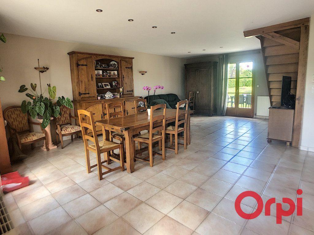 Maison à vendre 5 121m2 à Saint-Amand-Montrond vignette-5