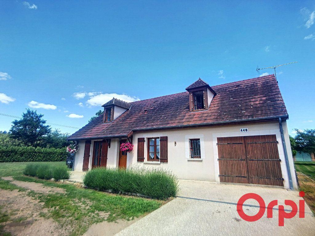 Maison à vendre 5 121m2 à Saint-Amand-Montrond vignette-13