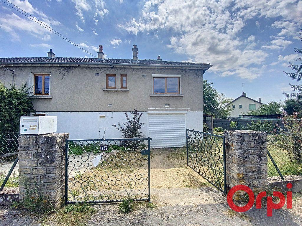 Maison à vendre 5 85m2 à Saint-Amand-Montrond vignette-7