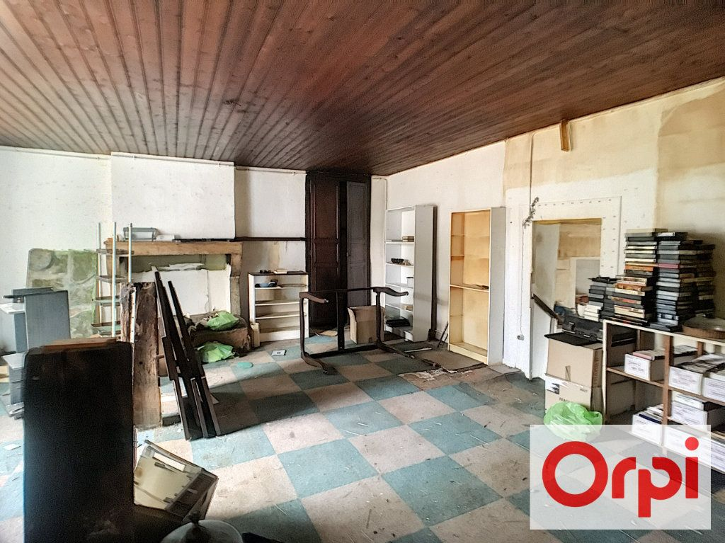 Maison à vendre 3 71m2 à Ainay-le-Vieil vignette-2