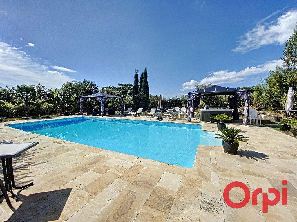 Maison à vendre 15 430m2 à Orcenais vignette-3