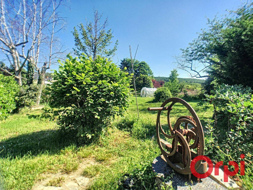 Maison à vendre 7 200m2 à Saint-Amand-Montrond vignette-3