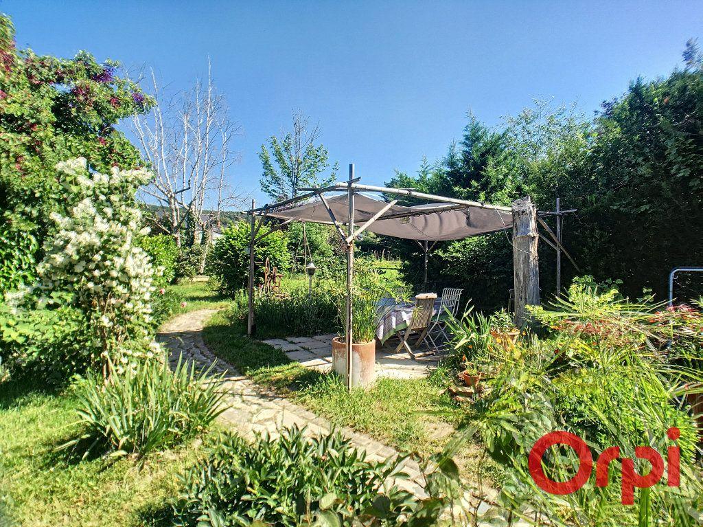 Maison à vendre 7 200m2 à Saint-Amand-Montrond vignette-9