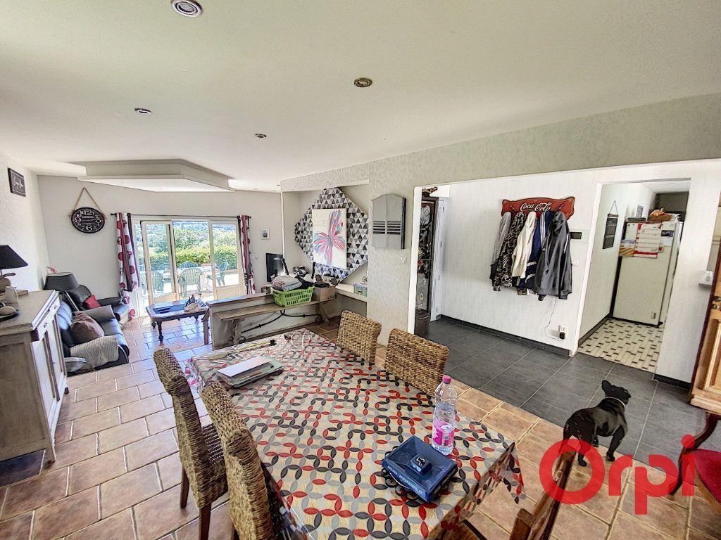 Maison à vendre 5 97m2 à Saint-Amand-Montrond vignette-5