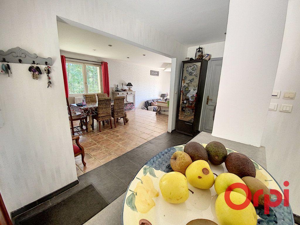 Maison à vendre 5 97m2 à Saint-Amand-Montrond vignette-7