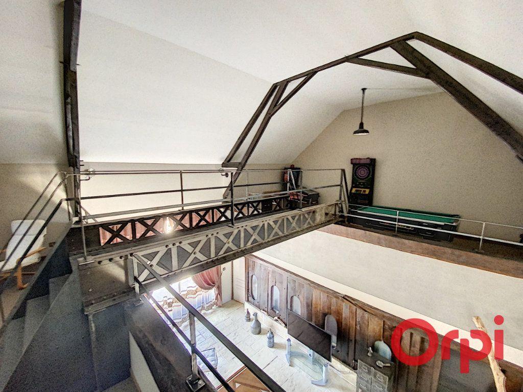Maison à vendre 5 253m2 à Drevant vignette-5