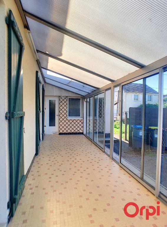 Maison à vendre 4 84m2 à Saint-Amand-Montrond vignette-5