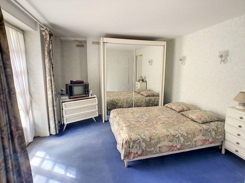Maison à vendre 5 93m2 à Saint-Pierre-les-Étieux vignette-5