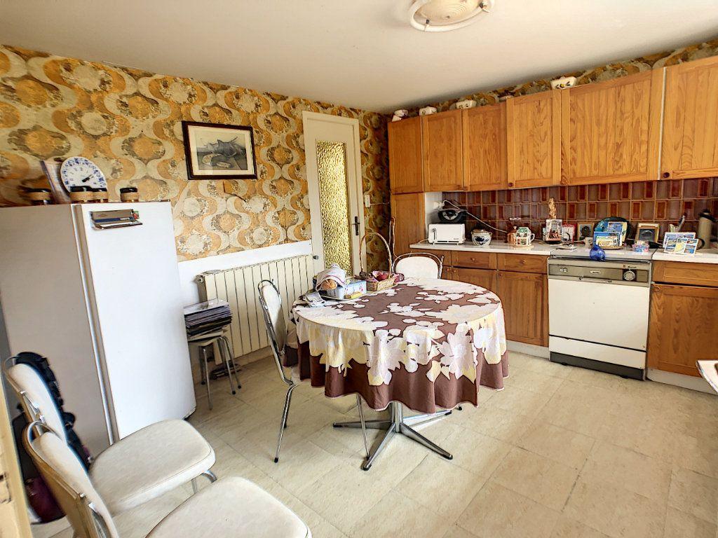 Maison à vendre 5 93m2 à Saint-Pierre-les-Étieux vignette-7