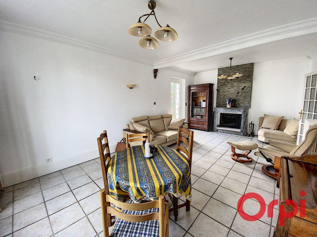 Maison à vendre 6 157m2 à Saint-Amand-Montrond vignette-6