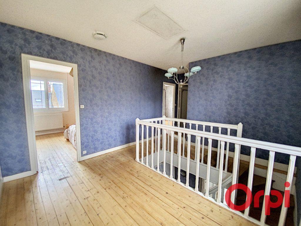 Maison à vendre 6 157m2 à Saint-Amand-Montrond vignette-9