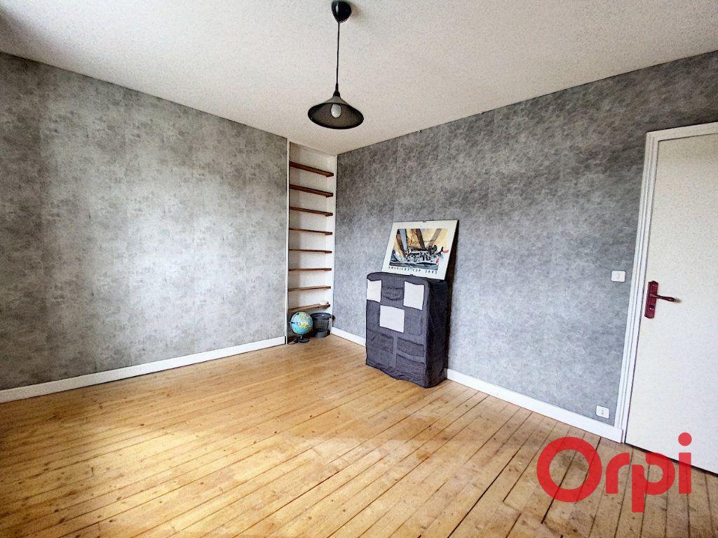 Maison à vendre 6 157m2 à Saint-Amand-Montrond vignette-12