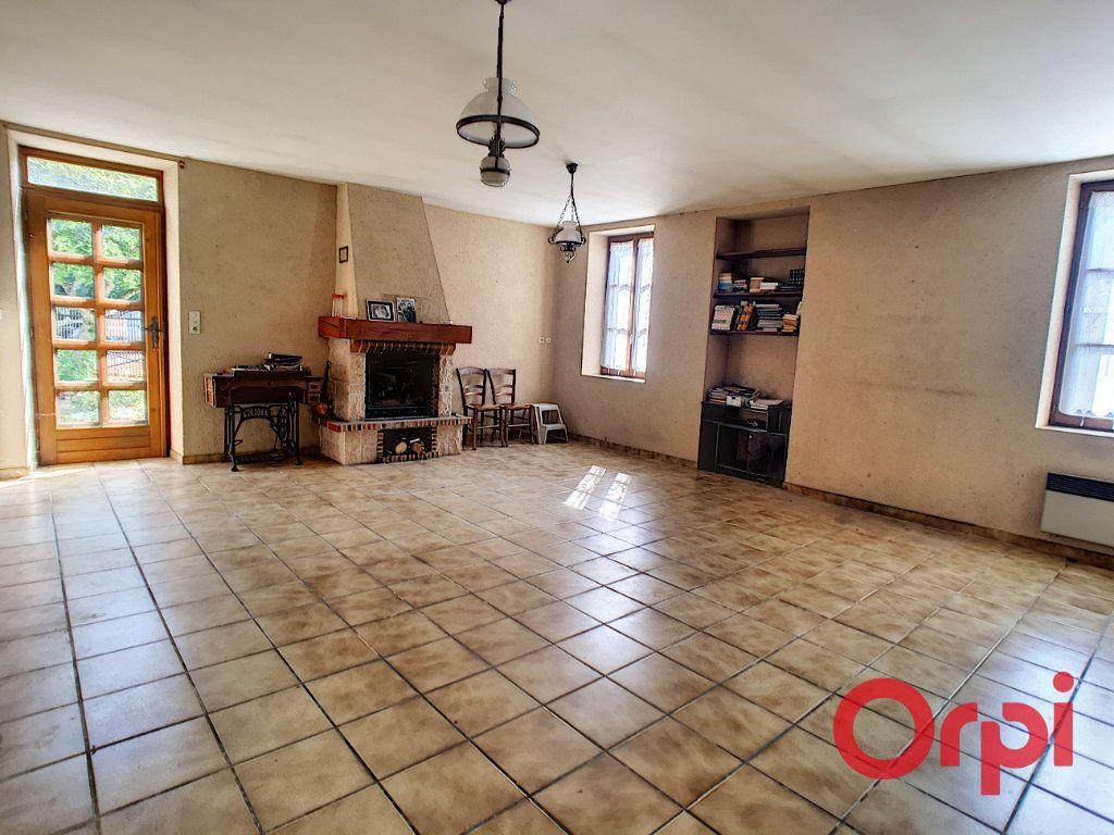 Maison à vendre 3 105m2 à Le Pondy vignette-3