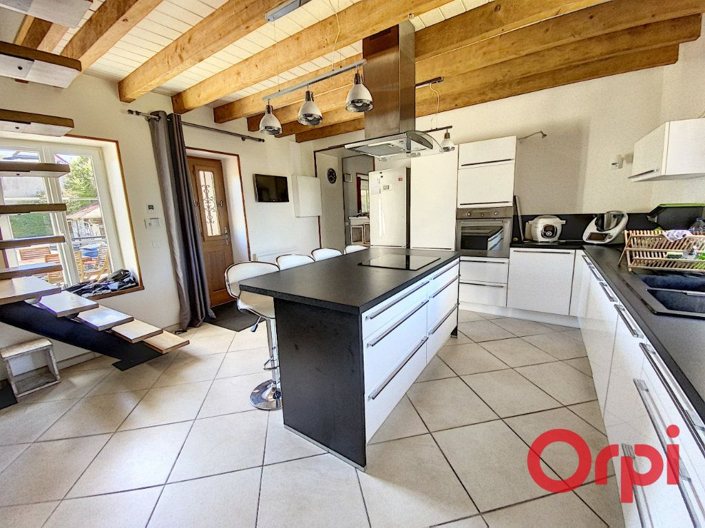 Maison à vendre 6 183m2 à Dun-sur-Auron vignette-1