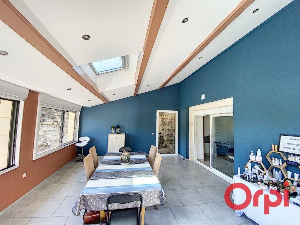 Maison à vendre 6 183m2 à Dun-sur-Auron vignette-3