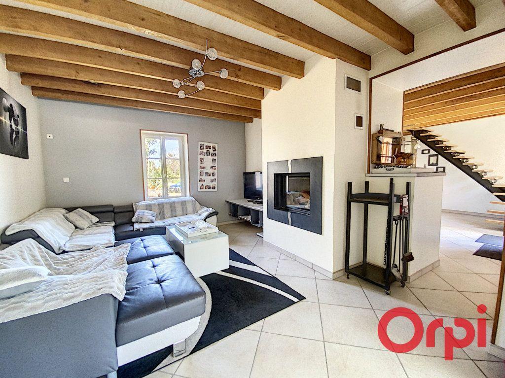 Maison à vendre 6 183m2 à Dun-sur-Auron vignette-4