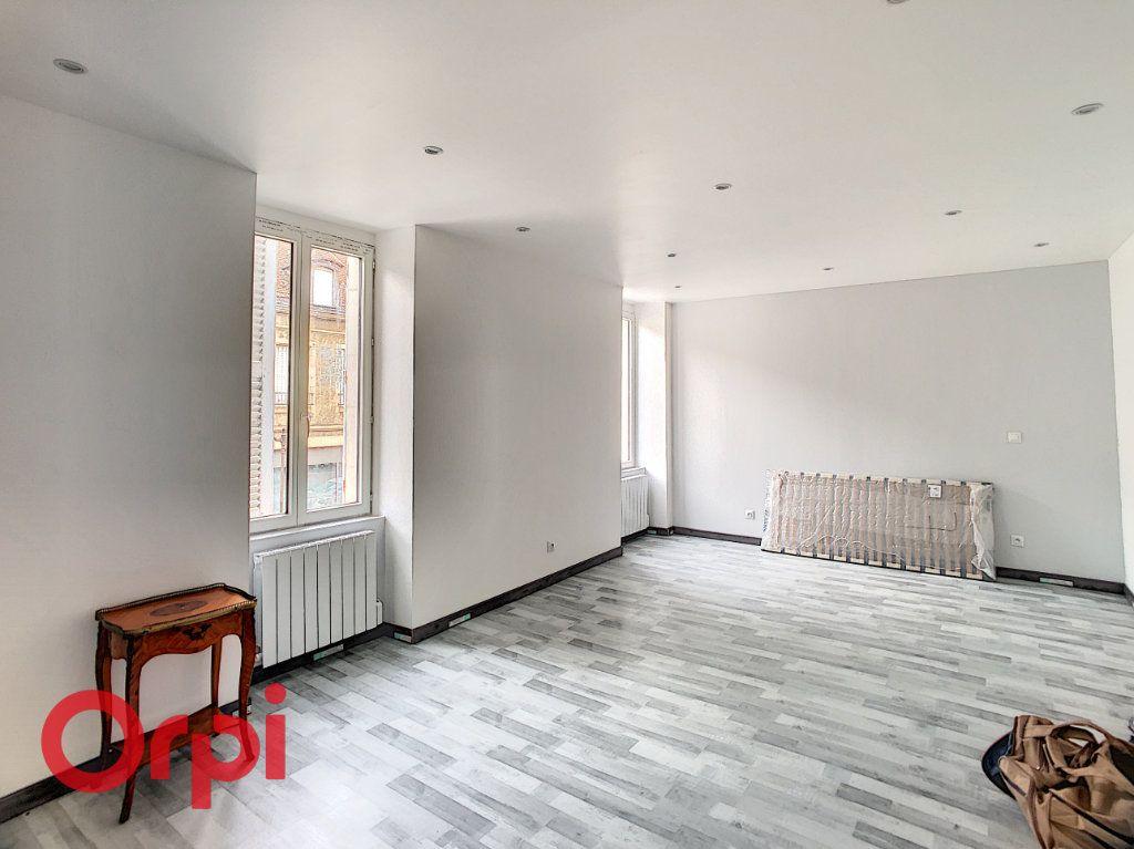 Maison à vendre 7 216m2 à Saint-Amand-Montrond vignette-9