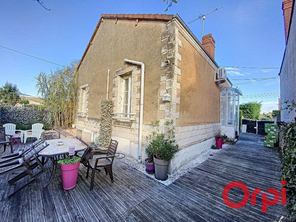 Maison à vendre 5 96.4m2 à Saint-Amand-Montrond vignette-10