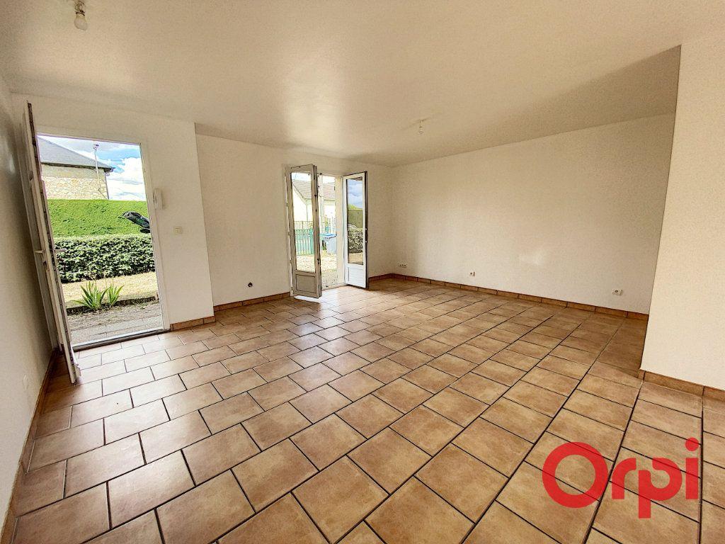 Maison à vendre 4 91m2 à Saint-Amand-Montrond vignette-5