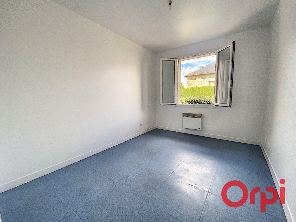 Maison à vendre 4 91m2 à Saint-Amand-Montrond vignette-7