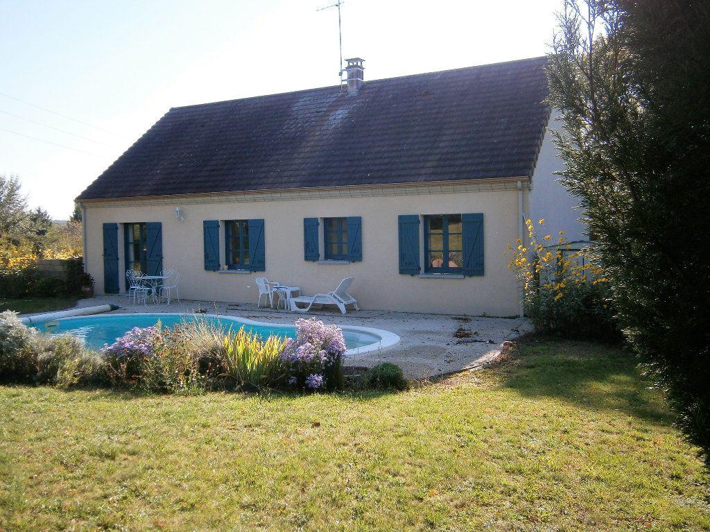 Maison à vendre 4 118m2 à Drevant vignette-1