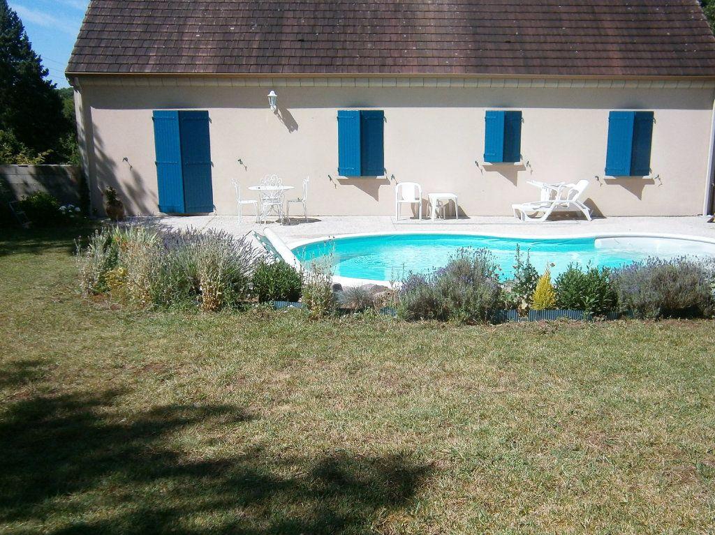 Maison à vendre 4 118m2 à Drevant vignette-12