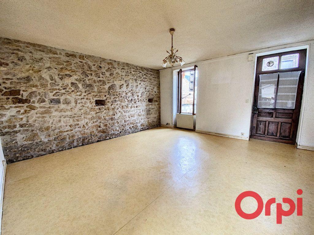 Maison à vendre 4 76m2 à Saint-Amand-Montrond vignette-1
