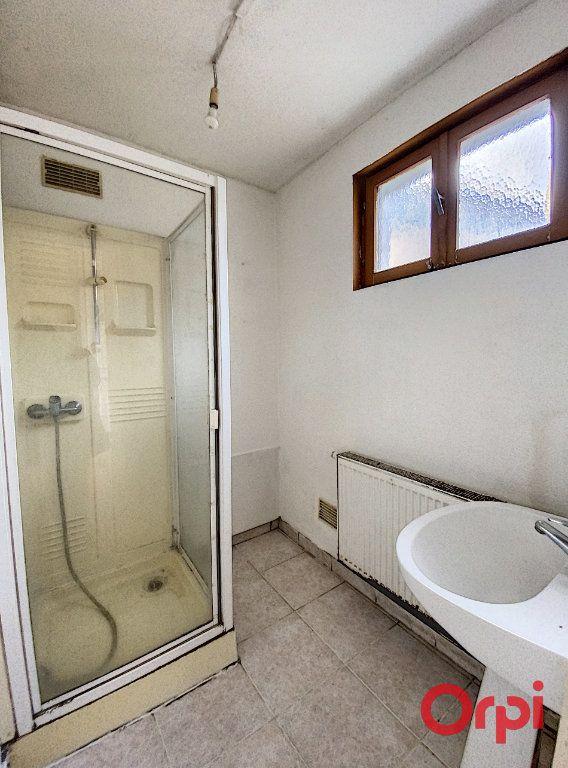 Maison à vendre 4 76m2 à Saint-Amand-Montrond vignette-4
