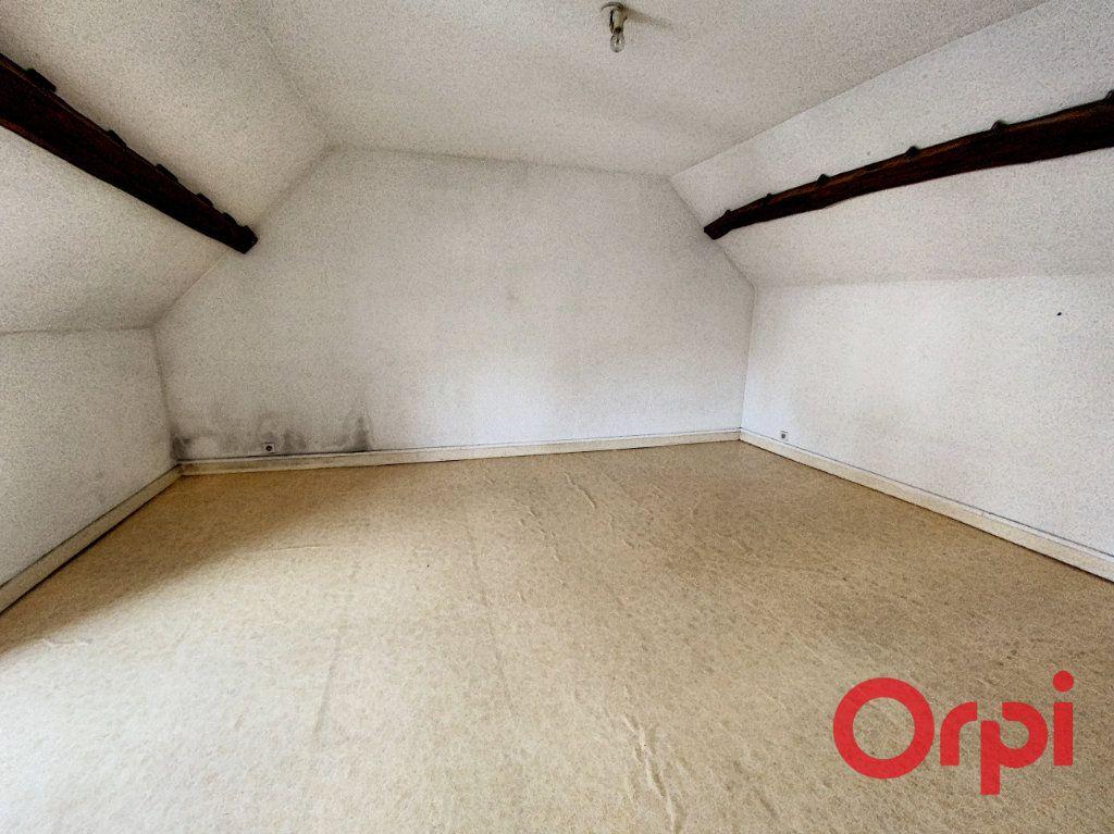 Maison à vendre 4 76m2 à Saint-Amand-Montrond vignette-7
